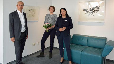Thomas Hartung (vlinks), Mara Maroske Kuratorin und Andrea Binkowski
