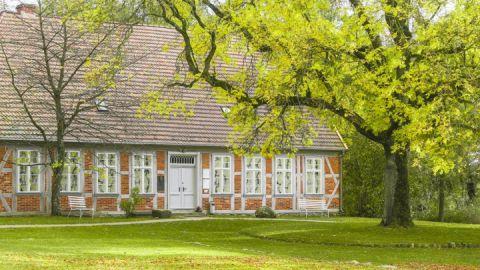 Außenansicht Heinrich-Schliemann-Museum