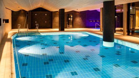 1000 m² SPA Bereich mit Pool, Saunen